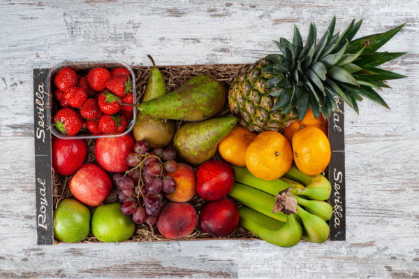 fruit box for 2 to 4 people